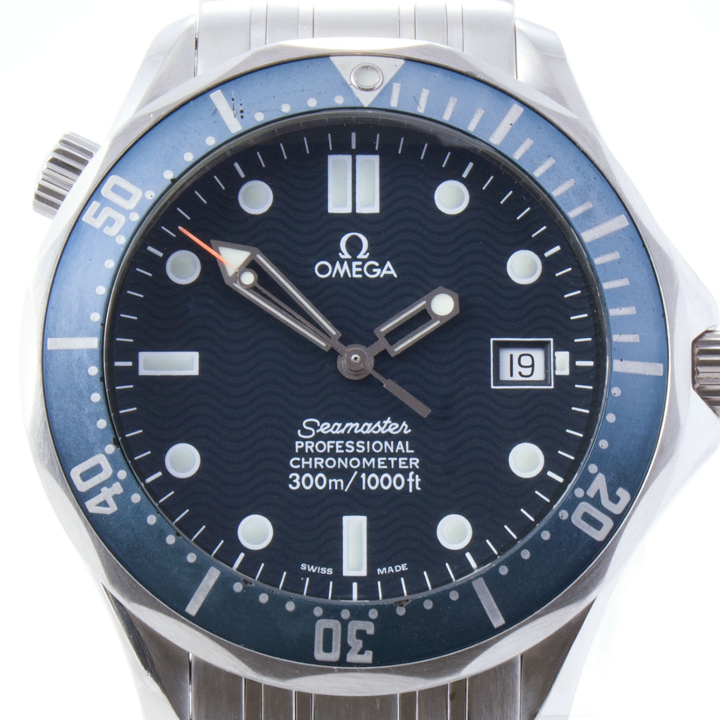Omega seamaster 300m automatic 39 james bond 39 watch 2000 turner last for Omega seamaster professional